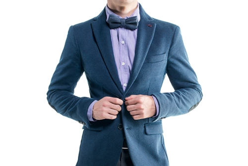 Could the right choice of business attire help you influence people?